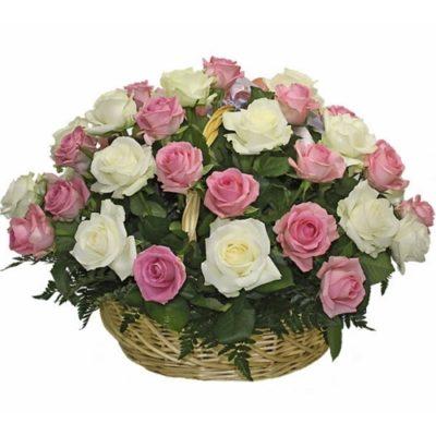 Траурная корзина из живых цветов №13