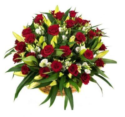 Траурная корзина из живых цветов №14